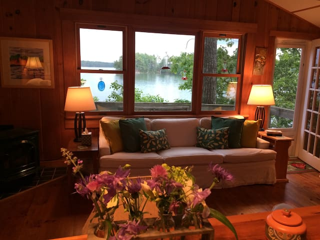 Beloved Waterfront Paradise on Tidal River - Damariscotta