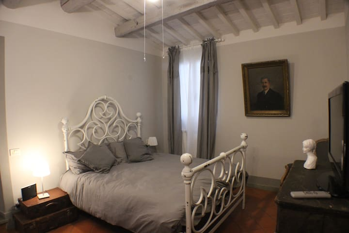 Florence Charming Suite/cozy apartment in center