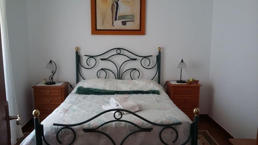 Casa da Serra - Serra d' El-Rei - Huis
