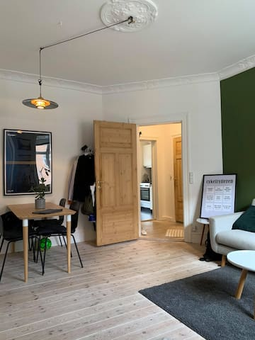 Spacious room in cozy Valby apartment