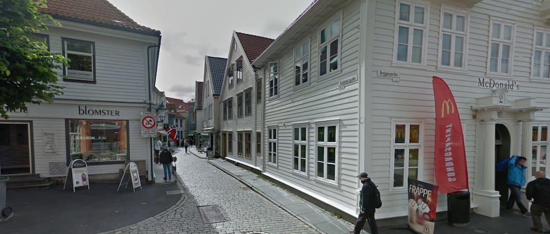 Flott ny leilighet ved Bryggen