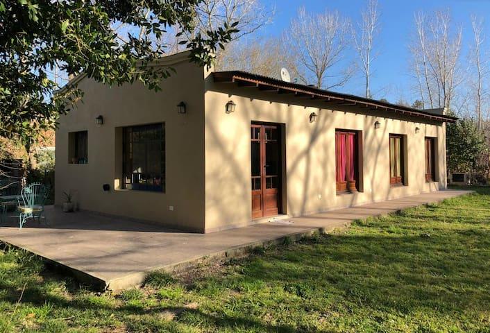 Casa en Laguna De Lobos - Barrio La Araucaria
