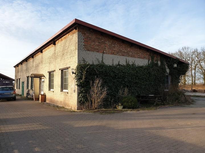 Gemütliche Wohnung im historischen Lokschuppen