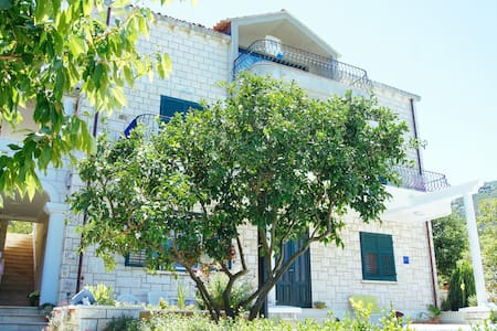 1BD Apartment at Villa Siga - Mali Ston