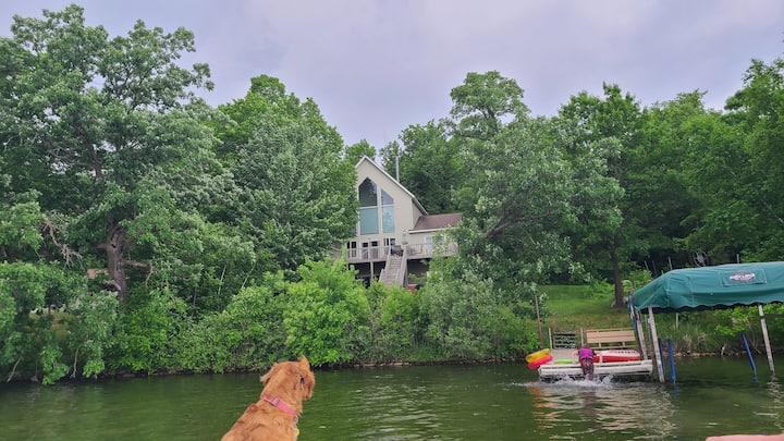 Large lake home on Beautiful Little Birch Lake