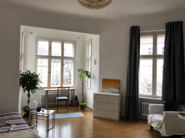 Where the Poets used to live - Charming Altbau