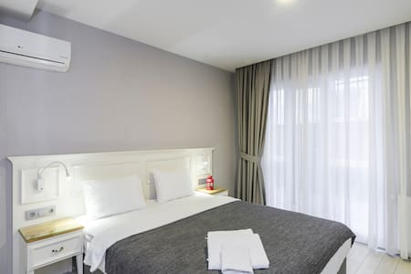 Comfortable Room near to The Square - Beyoğlu