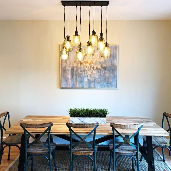 Dining room ( seats 14 )