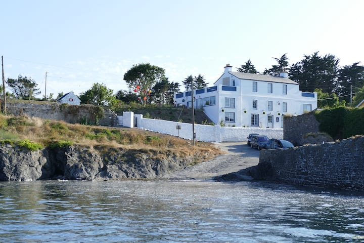 Large waterside property magnificent views