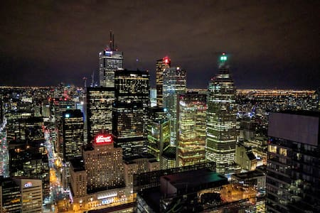 Amazing View DT Luxury 60th Floor - Toronto - Apartment
