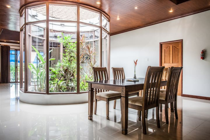 4bd,1600sm,SunsetView,Garden,Krabi - Tambon Ao Nang - Huis