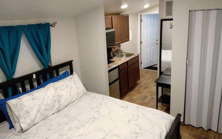 Cozy Loft near Florida Mall, Universal & Disney