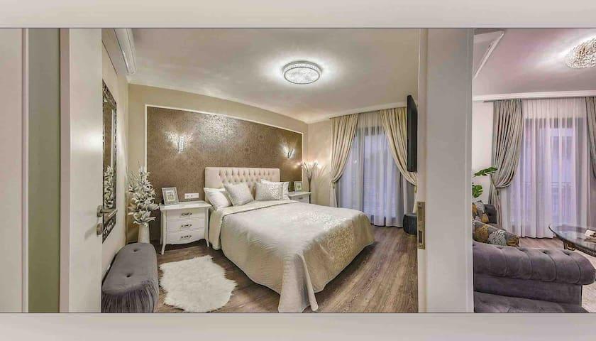 ReGal Apartment