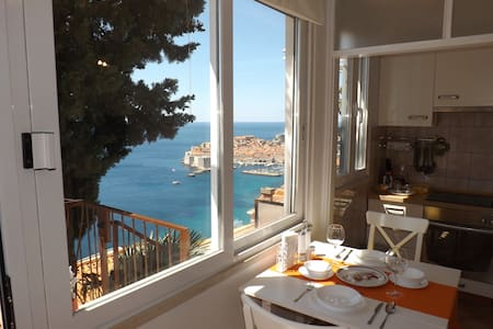 The Eagle's nest - studio with view - Dubrovnik