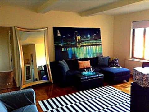 HUGE Sundrenching Apartment Waiting Just For YOU!