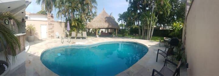 Casa en La Huasteca con Alberca MI VILLA