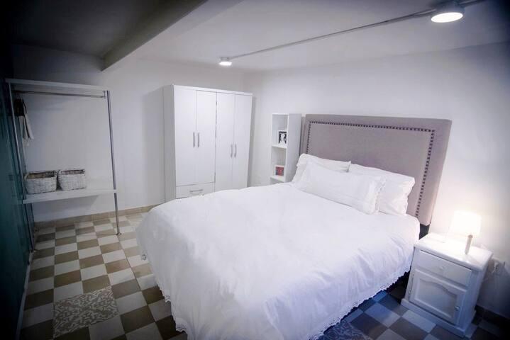 Centric and private mini loft w/ kitchenette