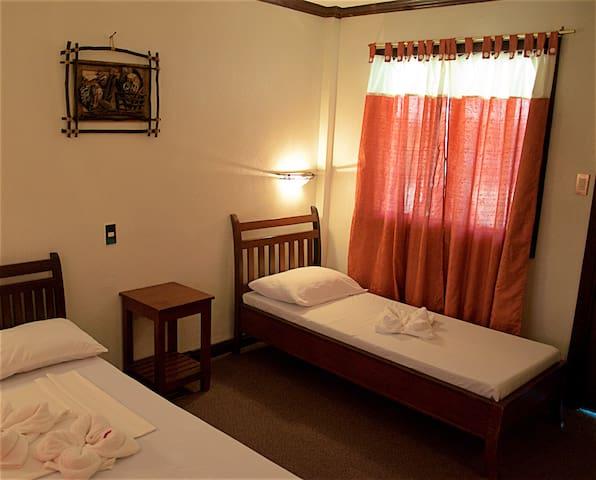 Sarabo Lodge - Standard Room