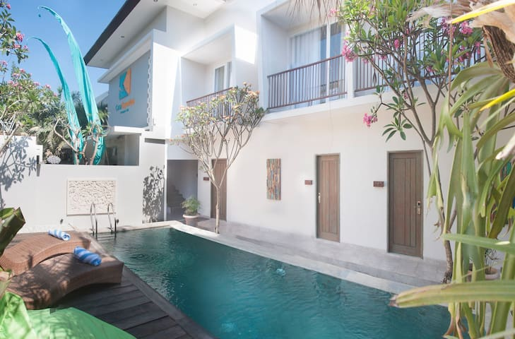 Central seminyak walk to beach - นอร์ธคูตา