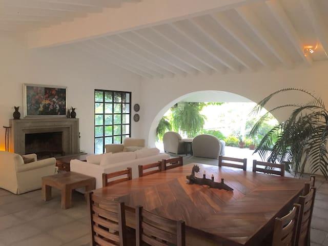 Villa Sapotes - Cuernavaca - Casa
