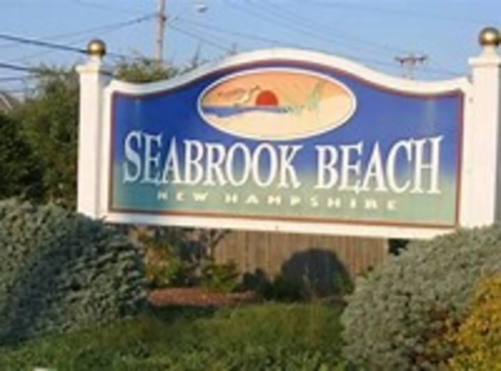 Seabrook Beach; 136-B Frnklin St Duplex Sanitised