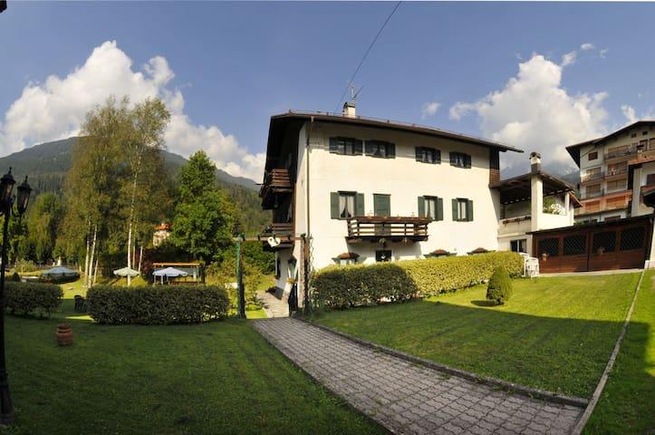 Villa Marchesoni Piano Terra, App. Brandstetter - Transacqua - Apartamento