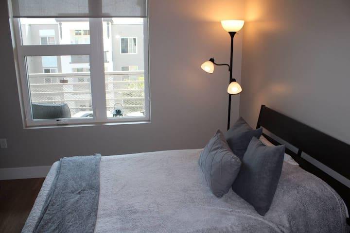 Trendy/Modern 1 Bedroom in Jack London Square