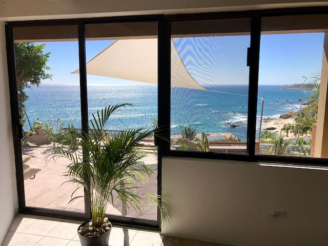 Modern condo with amazing view! - San José del Cabo - House