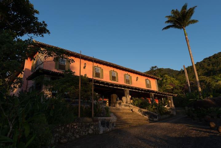 Casa Ilhabela - Colonial Villa