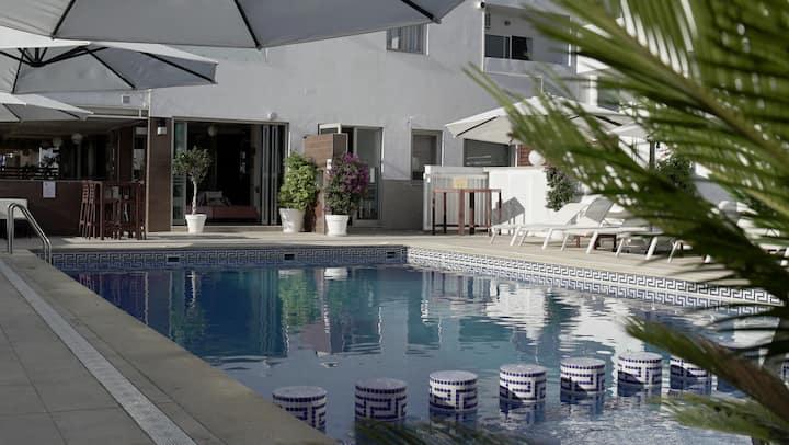 Apartamento al puro estilo ibicenco y festivo (4c)