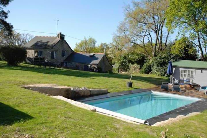 maison piscine privée chauffée/15 min de Muzillac