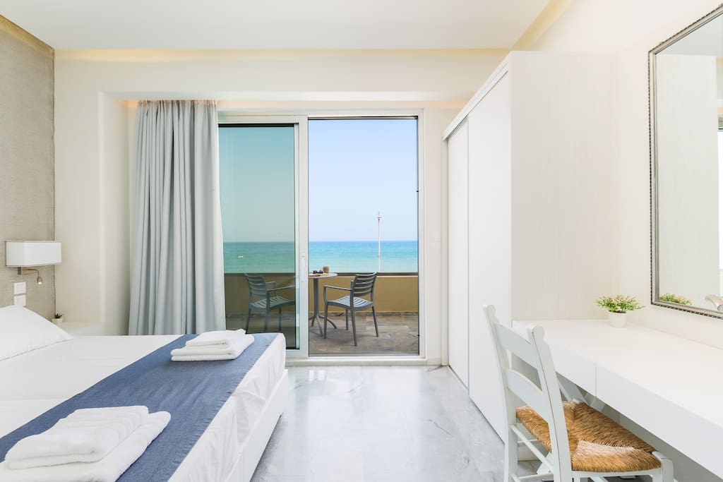 Bedroom highlight: Sea view