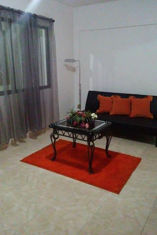 GORGEOUS ,SECURE & AFFORDABLE 1  BEDROOM APT - Santo Domingo Este - Wohnung