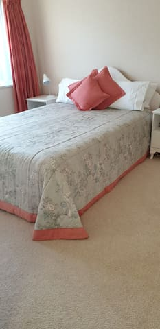 Lovely warm and comfortable Queen Bedroom
