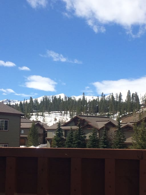 Enjoy the beautiful views of the 10 mile range from the privacy of your balcony