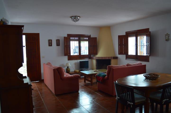 Cozy house with terrace in La Herradura - La Herradura - Huis