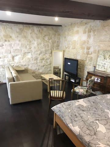 Studio Montorgeuil
