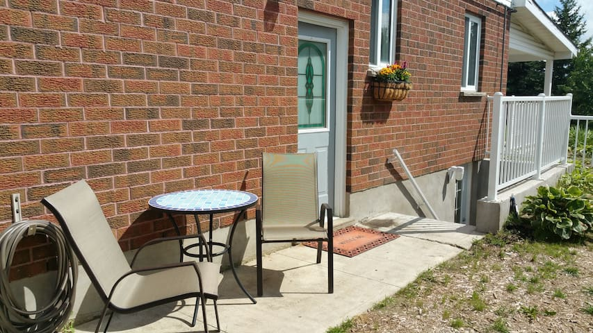 Apartment near river and shopping - Kitchener - Leilighet