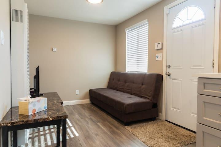 Cozy 1-Bedroom in  Richmond
