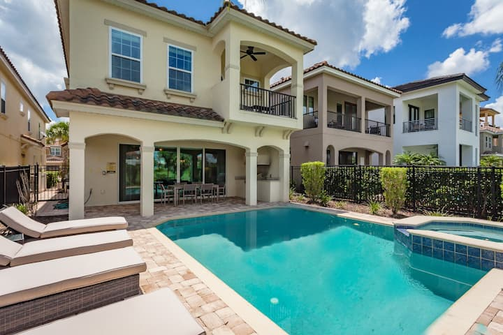 Luxury Reunion 7 Bed w/ Private Pool and Golf View