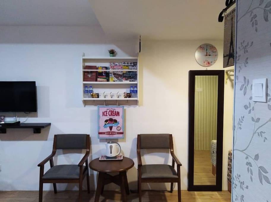 STUDIO 2:  A corner to enjoy coffee  and read some magazines.