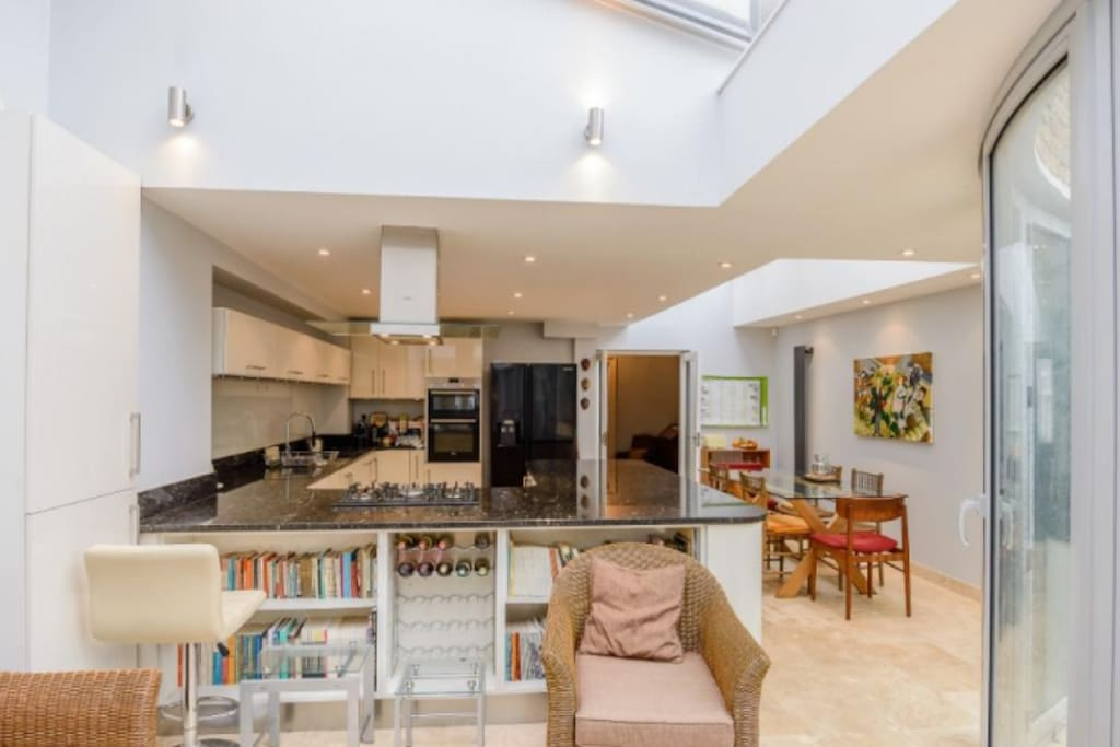 State of the art kitchen with ample space to socilaise or relax