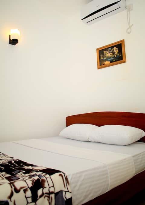 Seasons Villa-Sigiriya -Standered Double Room