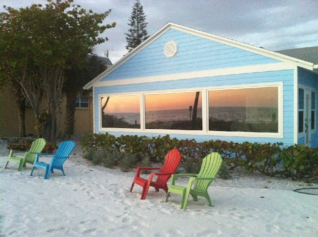 Beautiful Beachfront Siesta Key Home