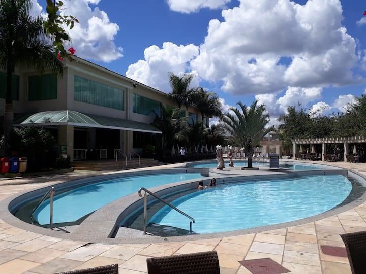 Flat no Lacqua IV - O mais próximo das piscinas