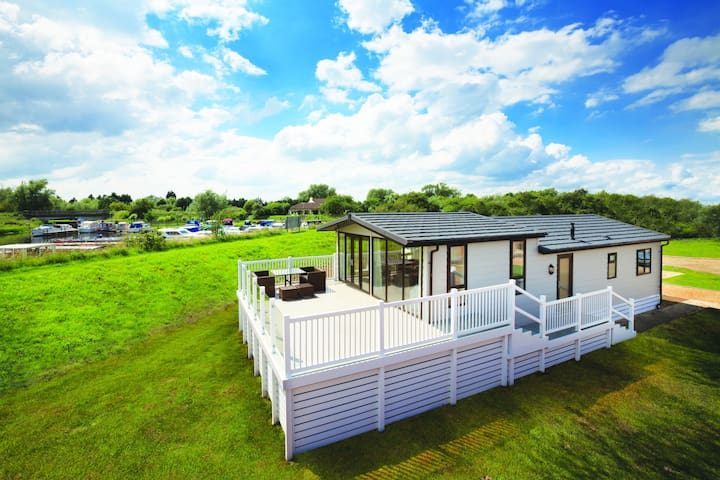 Luxury Dream Lodge - Elm Farm - Thorpe-le-Soken - Inny