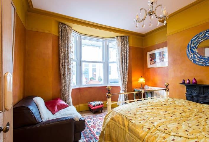 Charming room in Kemptown, Brighton - Brighton - Casa