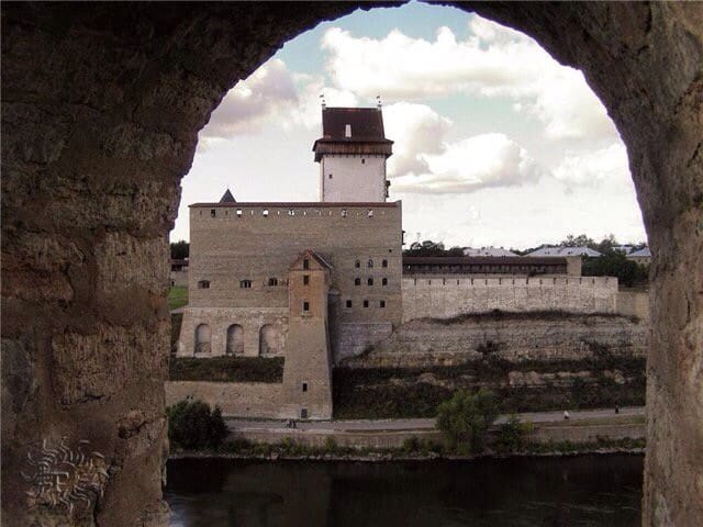 Уютная квартирка в эстонии - Narva - Apartament