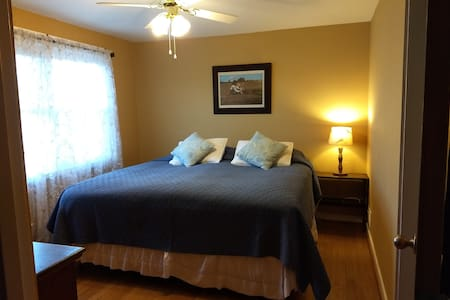 great central location in Maine