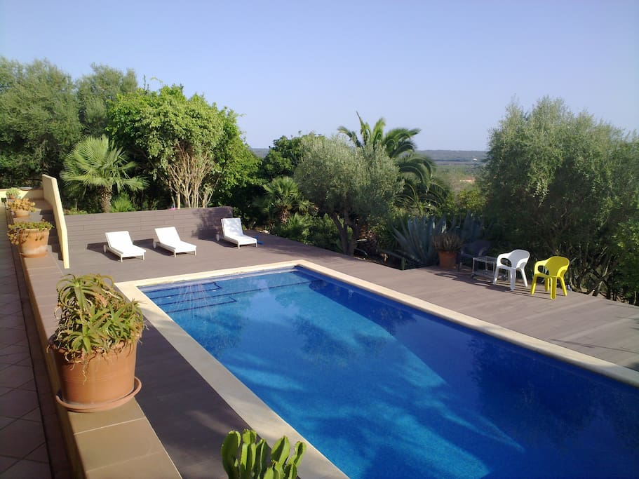 Villa for 6 in puntiro mallorca maisons louer illes for Piscines illes